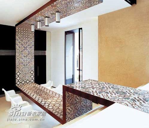 欧式 别墅 餐厅图片来自用户2746948411在意大利滨水别墅室内设计 享受极致生活48的分享