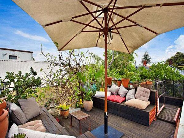 阳台 椅子 欧式 田园图片来自用户2746948411在阳台的分享