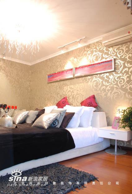 简约 三居 卧室图片来自用户2738820801在博悦85的分享