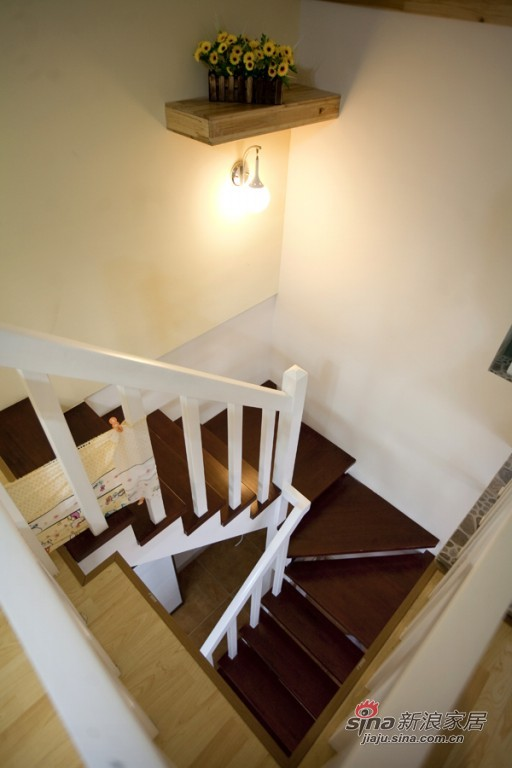 简约 一居 客厅图片来自用户2737950087在温馨小复式68的分享