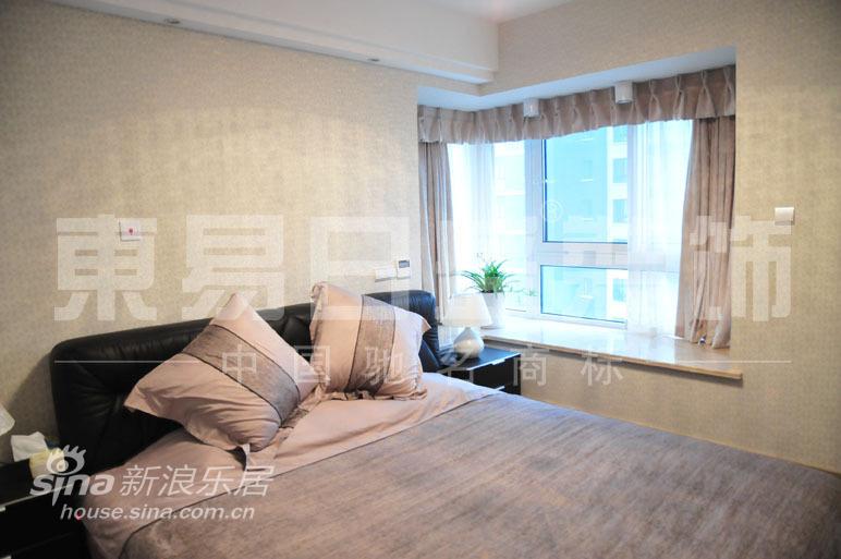 简约 四居 客厅图片来自用户2739081033在空间移动之美26的分享