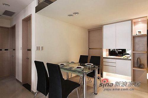 简约 三居 客厅图片来自用户2738845145在13万简约时尚混搭70平跃层55的分享