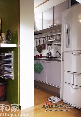 简约 一居 厨房图片来自用户2738813661在夏日清凉简约家 渗出一抹清新绿78的分享