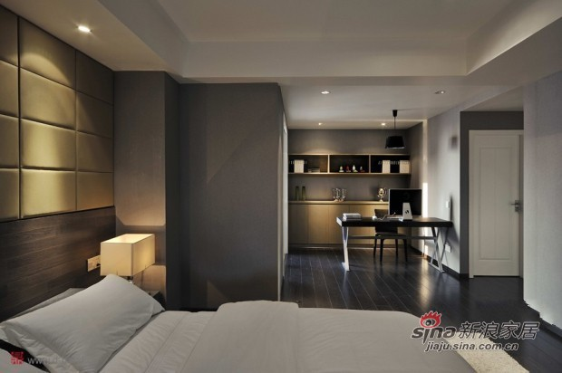 简约 二居 卧室图片来自佰辰生活装饰在80平黑白灰经典时尚小户型23的分享