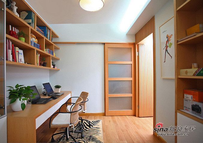 简约 三居 书房图片来自用户2556216825在5.9万打造108平现代风格时尚简约三居49的分享