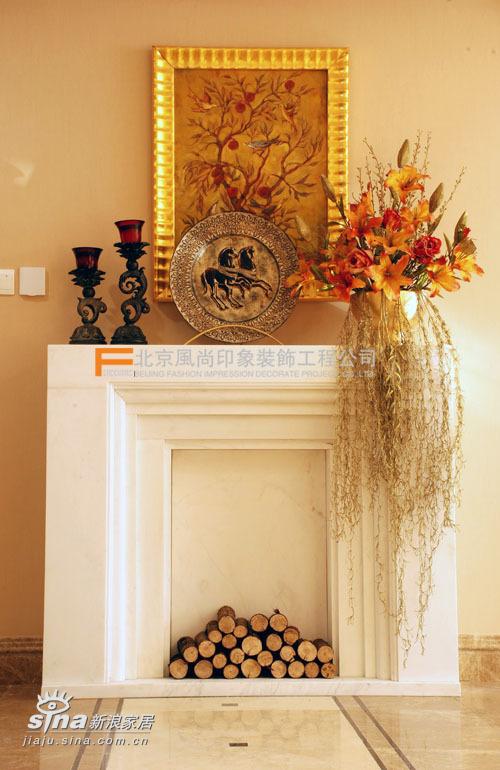 欧式 三居 客厅图片来自用户2746948411在城市官邸76的分享