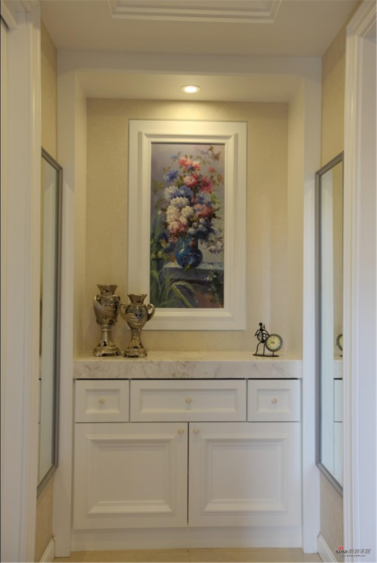 新古典 别墅 玄关图片来自用户1907664341在【高清】经典的才能永恒 独特的风格个性15的分享