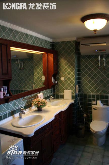 欧式 三居 卫生间图片来自用户2746948411在欧洲古典主义风格--依云小镇19的分享