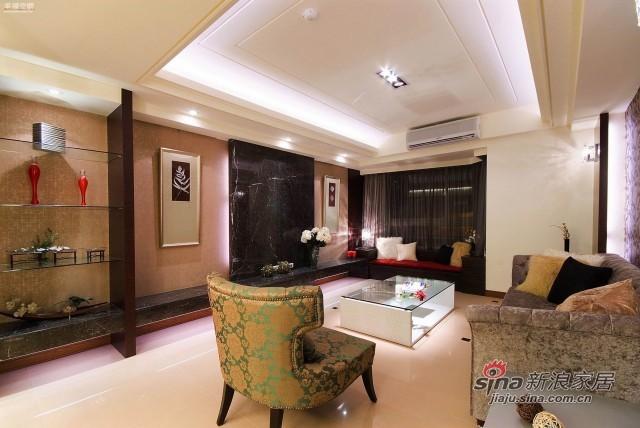 欧式 四居 客厅图片来自幸福空间在148平米新式古典风骚红装91的分享