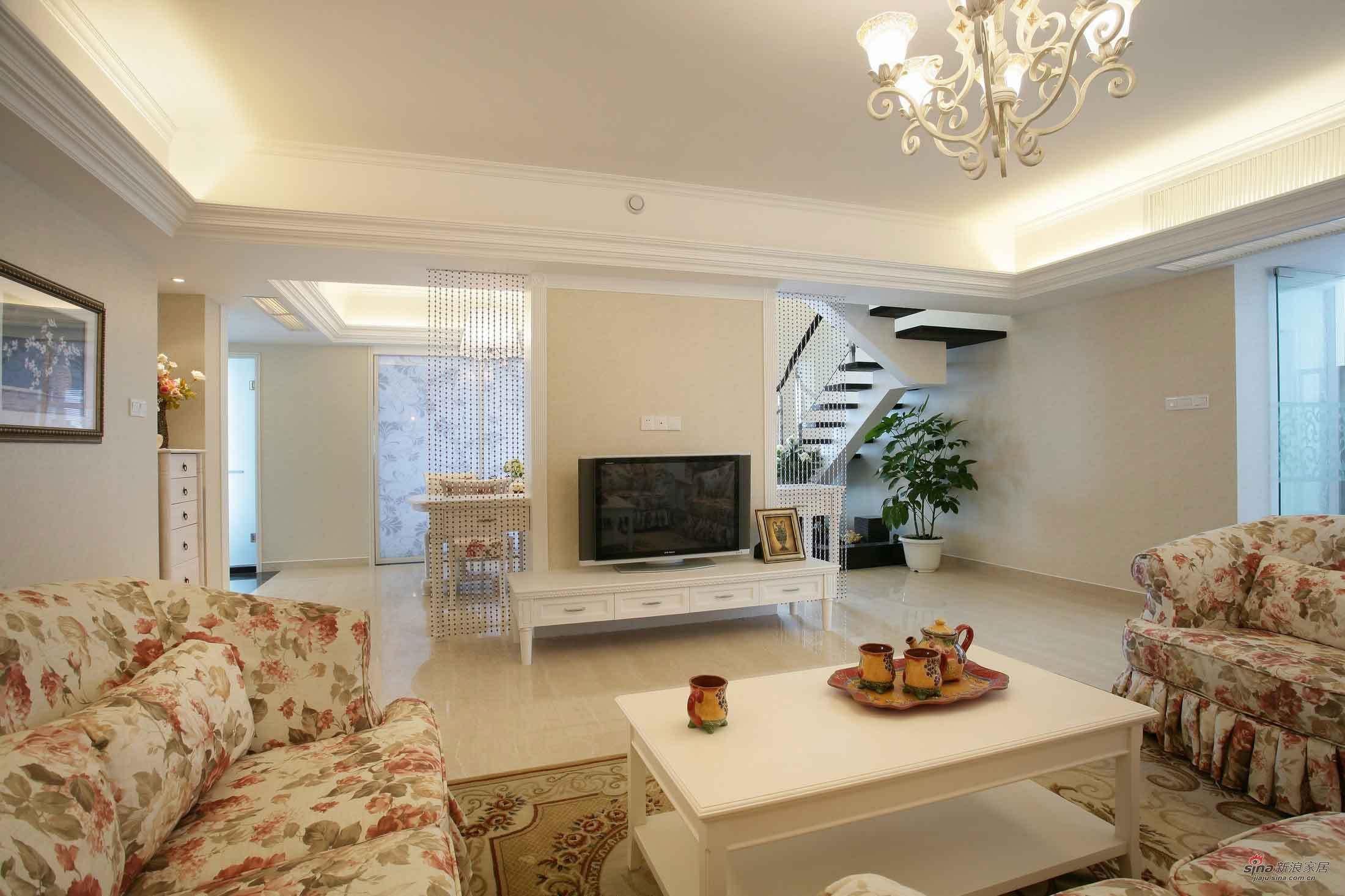 田园 二居 客厅图片来自用户2557006183在浪漫田园 白领8万打造95平复式公寓40的分享