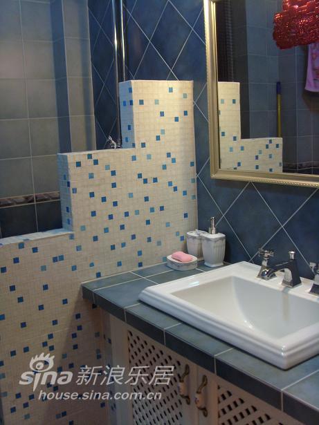欧式 二居 客厅图片来自用户2746948411在华丽简欧小居45的分享