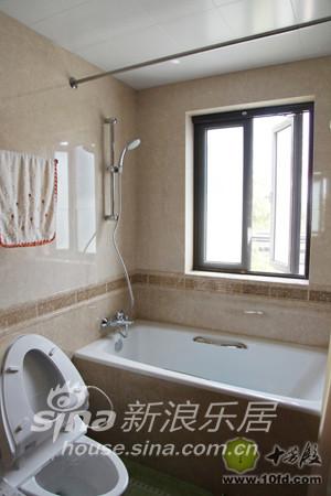 将浴缸换成了淋浴房