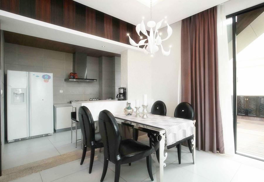 简约 三居 餐厅图片来自用户2738845145在【高清】6万打造124平现代简洁三居室52的分享