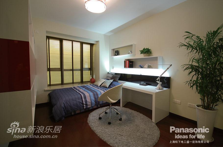 欧式 三居 客厅图片来自用户2557013183在松下盛一:混搭风潮中的奢华风43的分享