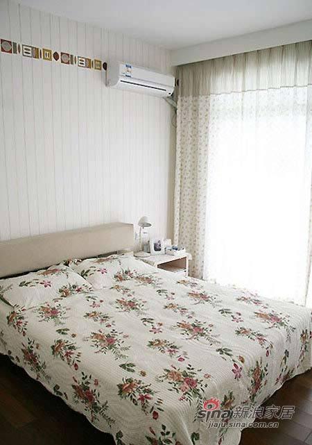 简约 二居 卧室图片来自用户2739153147在爱侣6万全包90平蜜意婚房47的分享