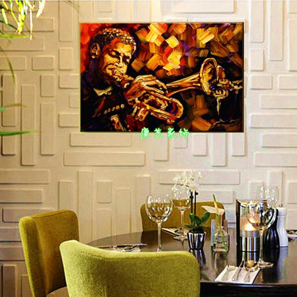 吹萨克斯的油画点缀格调餐厅!