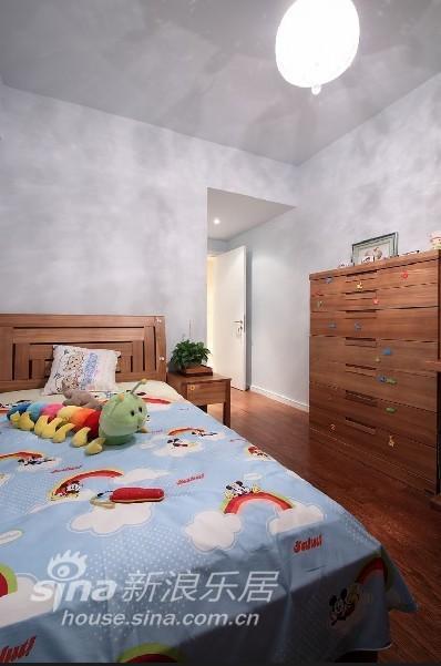 简约 一居 客厅图片来自用户2738845145在冷色调带来时尚现代美家56的分享