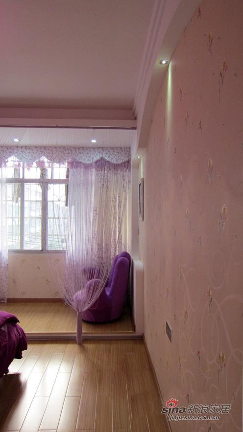 简约 二居 卧室图片来自用户2739153147在98平粉色婚房 6万温馨的家92的分享
