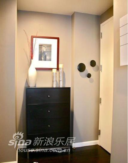 欧式 一居 客厅图片来自用户2746889121在华丽的清新75的分享
