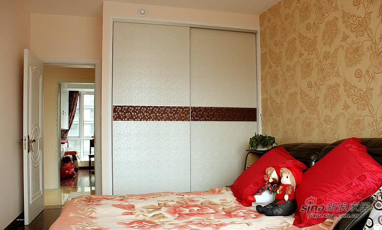 简约 三居 卧室图片来自佰辰生活装饰在【高清】12万打造94平简约温馨淡雅之家63的分享