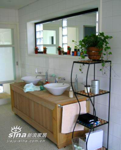 简约 别墅 卫生间图片来自用户2738093703在浪漫满屋温馨韩式家居实景60的分享