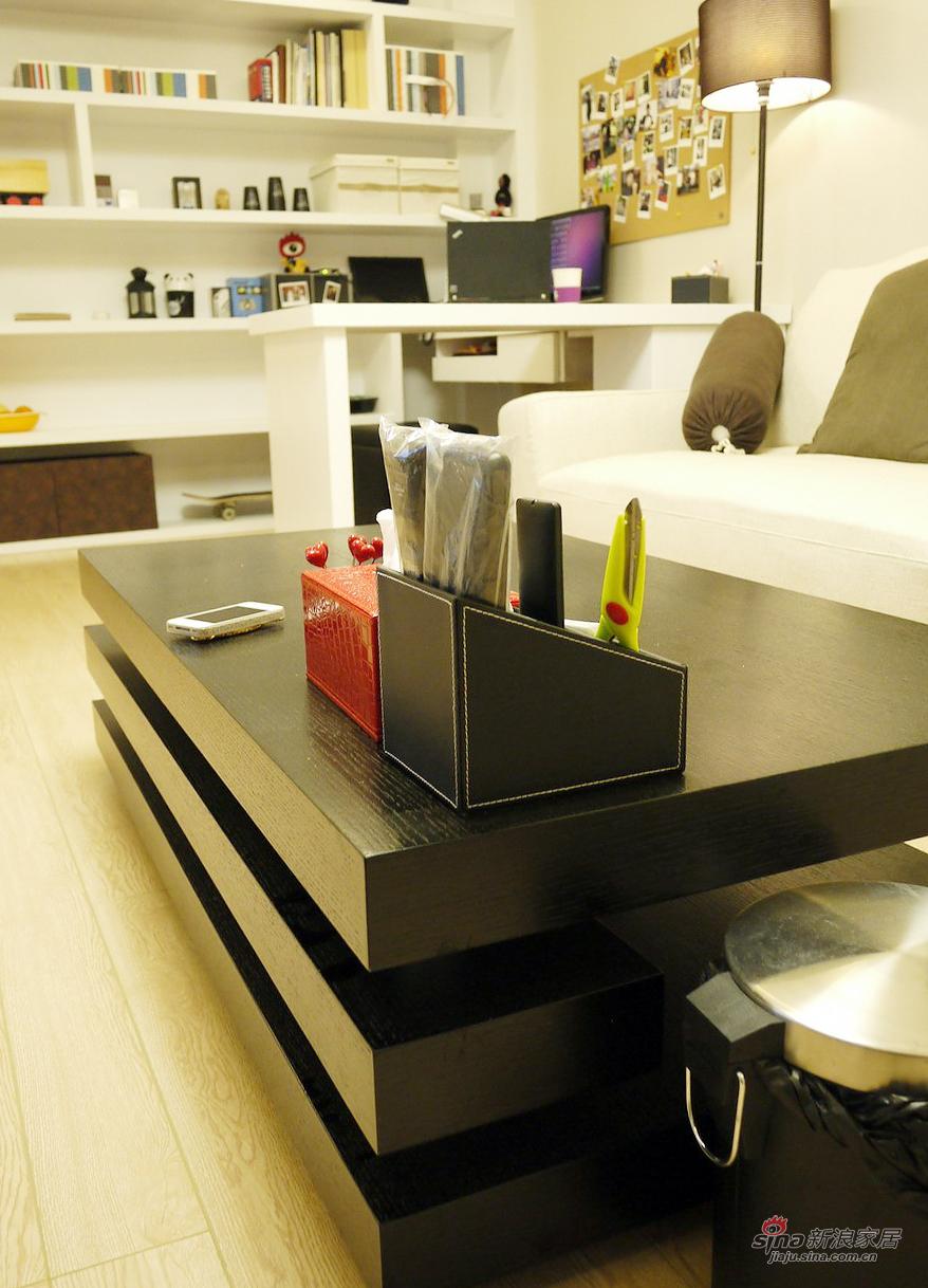 现代 三居 客厅图片来自佰辰生活装饰在【高清】92平现代时尚温馨主义三口之家38的分享