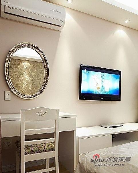 简约 三居 卧室图片来自用户2738829145在9万装80平3室现代简约风格家85的分享