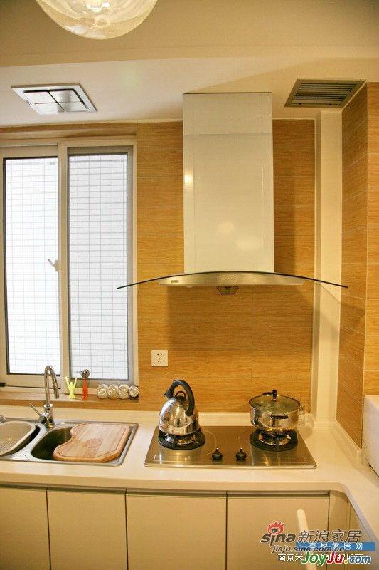 简约 二居 客厅图片来自用户2737735823在简约装修风格的极致范例15的分享
