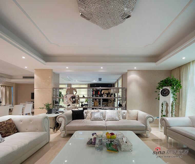 新古典 三居 客厅图片来自装修微日记在【高清】155平新古典浪漫时尚3居65的分享