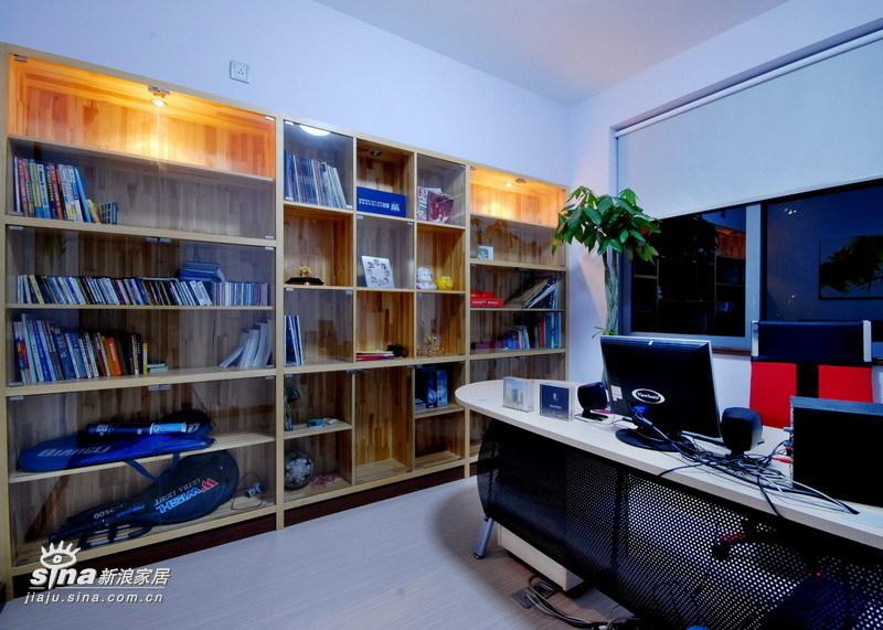 简约 三居 书房图片来自用户2739378857在善缘人家13的分享