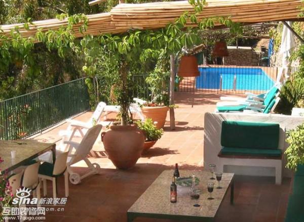 简约 一居 阳台图片来自用户2737786973在露台:户外生活、浪漫天地61的分享
