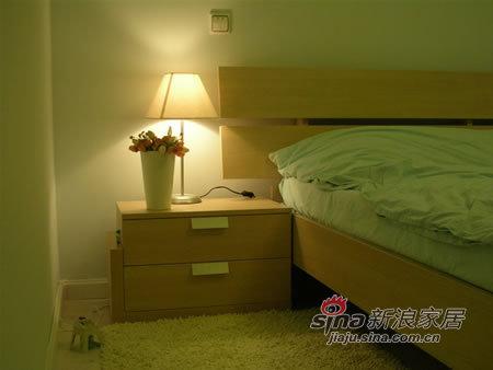 简约 二居 卧室图片来自用户2745807237在打造100平甜蜜爱巢94的分享