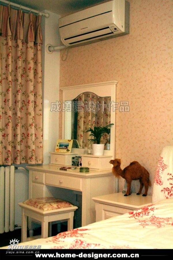 欧式 二居 卧室图片来自用户2772873991在正阳北里68的分享