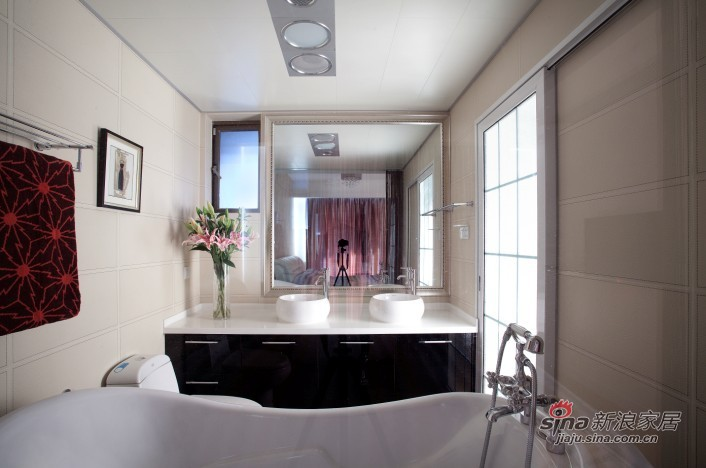 简约 三居 客厅图片来自用户2737782783在无色彩也斑斓56的分享