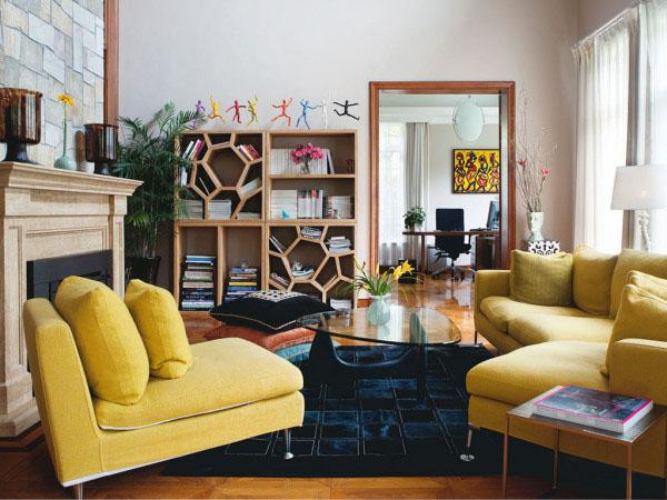 沙发 客厅 黄色图片来自用户2771736967在屌丝变文艺 11款极具文艺时尚气息的客厅的分享
