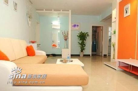 简约 三居 客厅图片来自用户2737782783在120平3室2厅完美家居84的分享