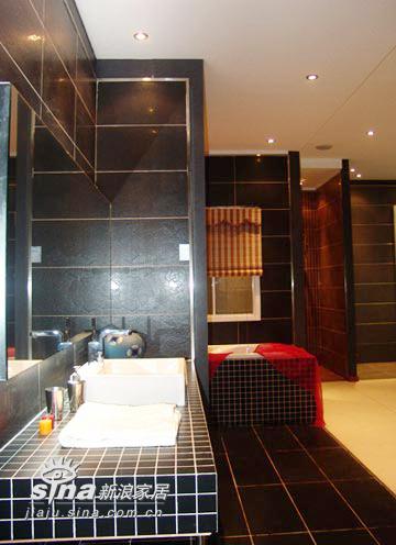 简约 其他 卫生间图片来自用户2737782783在踩不住的流行色彩 风尚瓷砖塑造灵性空间(2)99的分享