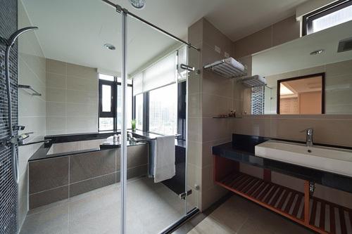 欧式 三居 卫生间图片来自用户2746948411在11.3万铸造简欧奢华三居室35的分享