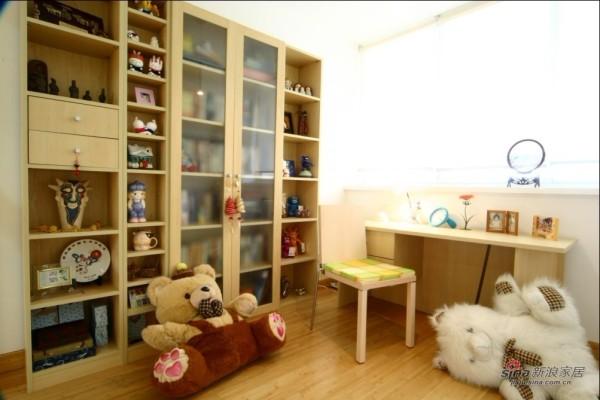 简约 复式 儿童房图片来自用户2738845145在11万打造170平米复式简约温馨爱家实景93的分享