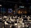 宁静的暗色餐厅65