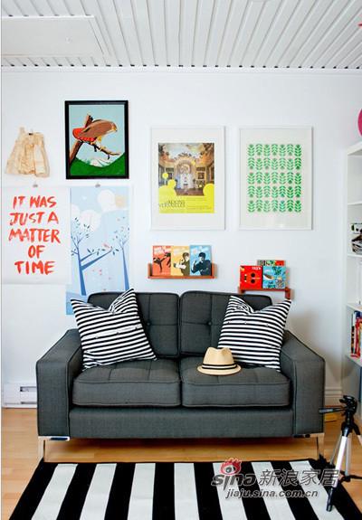 混搭 三居 客厅图片来自用户1907691673在加拿大侨胞一家三口的彩色萌家72的分享