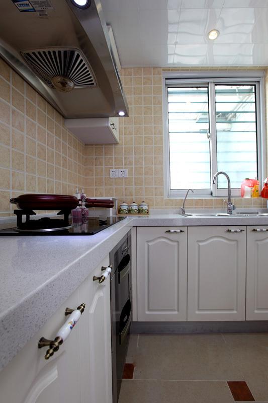 田园 二居 厨房图片来自用户2737946093在5.5万98平简约田园美居46的分享