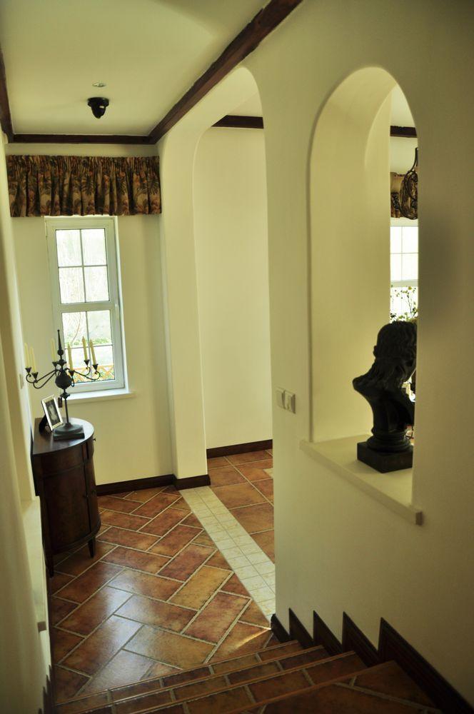 美式 别墅 楼梯图片来自用户1907686233在29万打造330平米美式乡村别墅52的分享