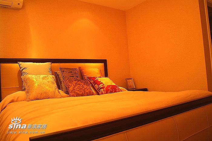 简约 别墅 卧室图片来自用户2745807237在经典样板间73的分享