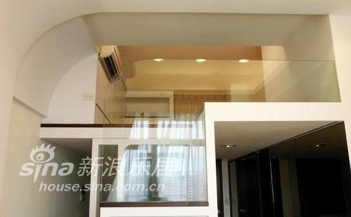 简约 跃层 客厅图片来自用户2558728947在简约清爽25的分享