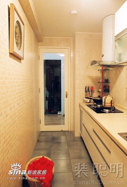 其他 二居 厨房图片来自用户2558746857在温馨两居室 享受城市里的桃源生活237的分享