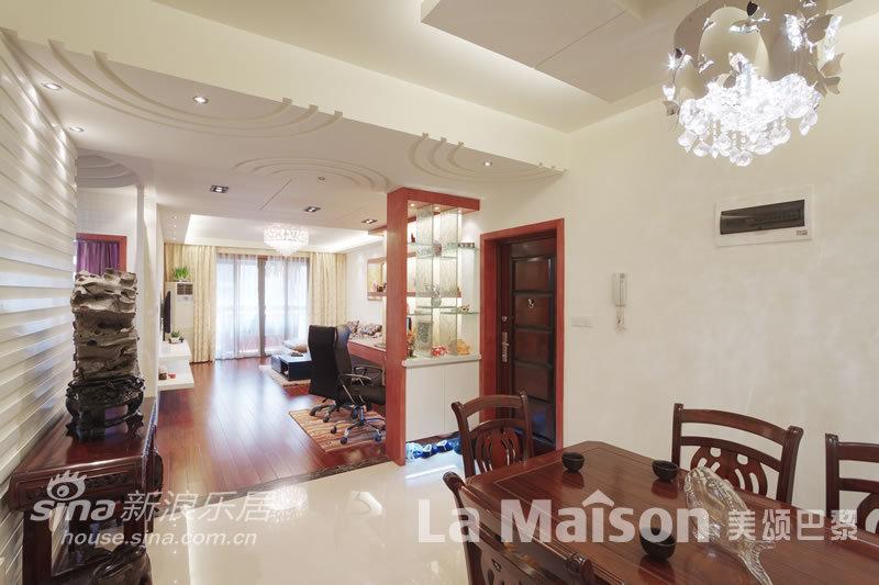 简约 二居 客厅图片来自用户2738820801在美颂巴黎现代简约48的分享