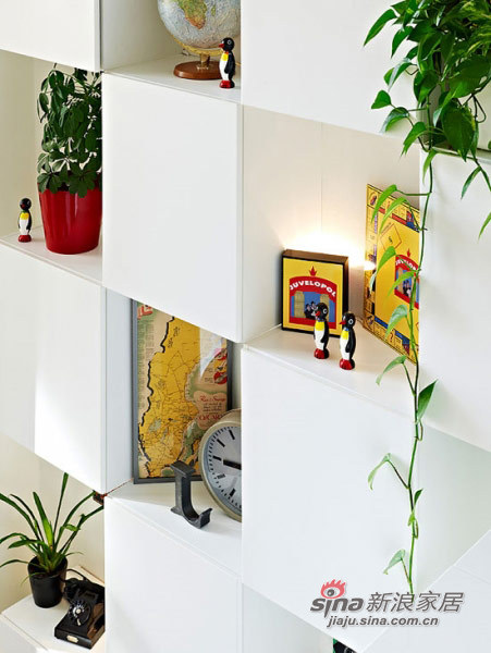 欧式 别墅 客厅图片来自用户2757317061在124平米小型连排住宅35的分享