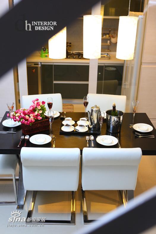 简约 一居 厨房图片来自用户2737950087在上海沿海丽水馨亭--淡雅的白色简约51的分享