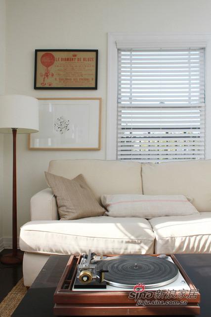 懒懒的布艺沙发,配合简约的家装风格